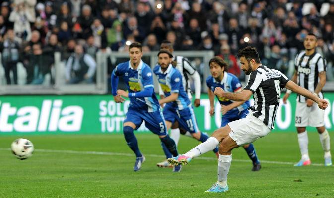 Vincono Juve e Napoli, la Fiorentina rimonta il Milan. Posticipi: Inter-Atalanta 3-4; Napoli-Genoa 2-0