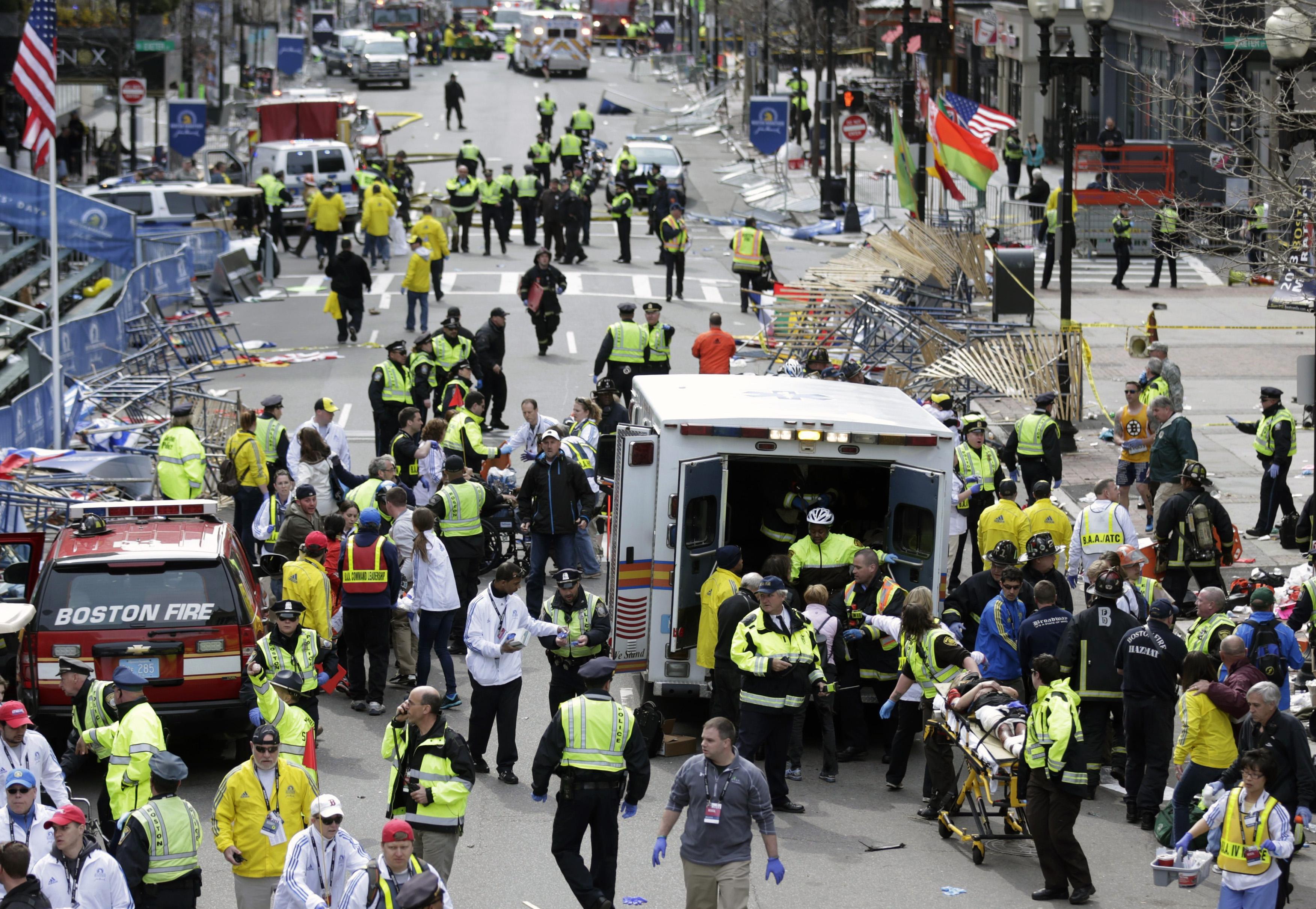 """Obama sulle esplosioni di Boston: """"Scopriremo il colpevole"""""""