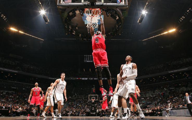 BASKET NBA: Playoffs, Chicago pareggia la serie, vince fuori casa a Brooklyn
