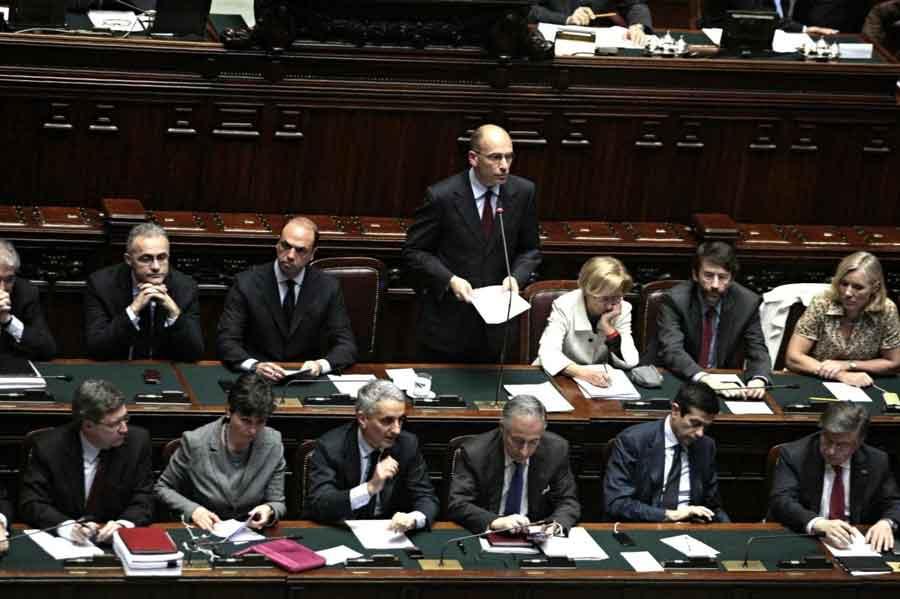 Il discorso del Premier Letta  ha convinto tutti. Atteso il voto di fiducia per le 20 di oggi