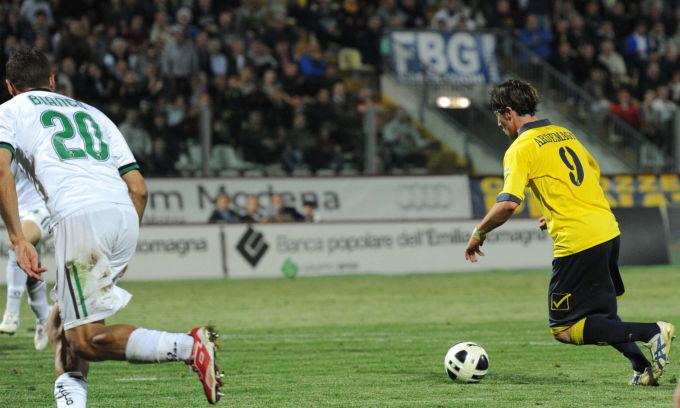 Il Modena vince e rinvia la festa promozione del Sassuolo