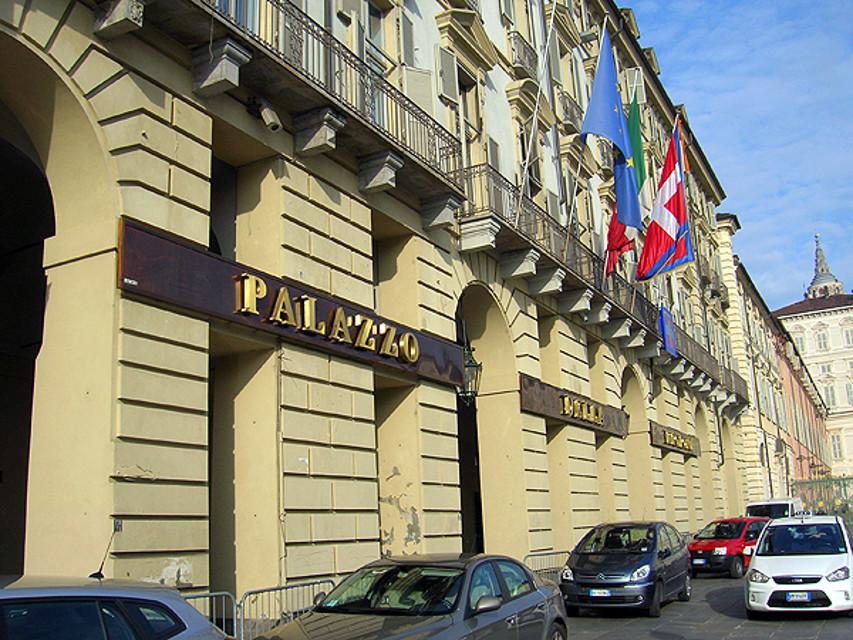 Sprecopoli. Rimborsi facili, nuovo scandalo in Piemonte: 52 consiglieri indagati