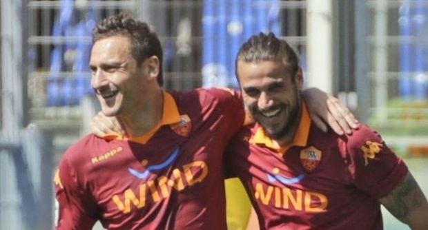 La Roma passeggia sul Siena: tripletta di Osvaldo e 4-0 ai toscani