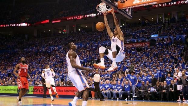 BASKET NBA: Playoffs, Kobe invia consigli via Twitter ma non basta, Nash e compagni cedono gara 1 agli Spurs di Duncan