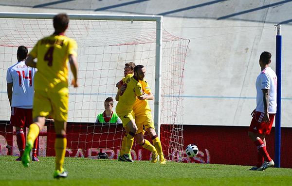Il Livorno balza solitario al secondo posto. Fermate sul pari Sassuolo e Verona…