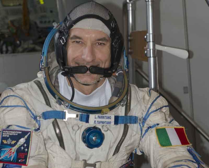 Parmitano ha raggiunto la stazione spaziale Iss. Sarà il primo italiano impegnato in due passeggiate spaziali