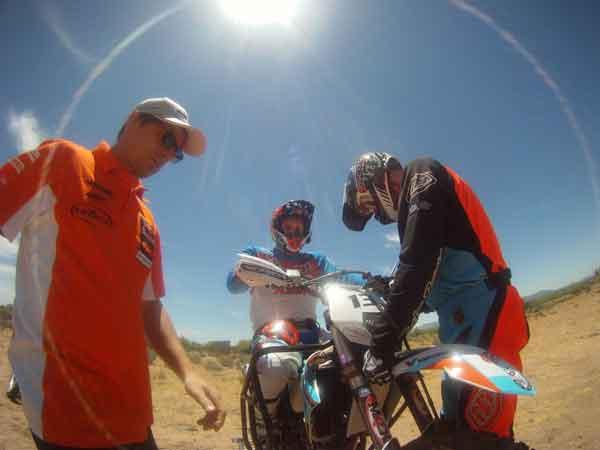 Nicola Dutto al via della Baja California, per il Mondiale Dedert Race