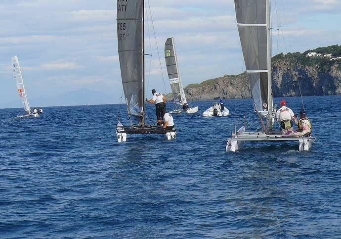 La vela approda ad Ischia: partita la VI edizione della Regata internazionale ESCP