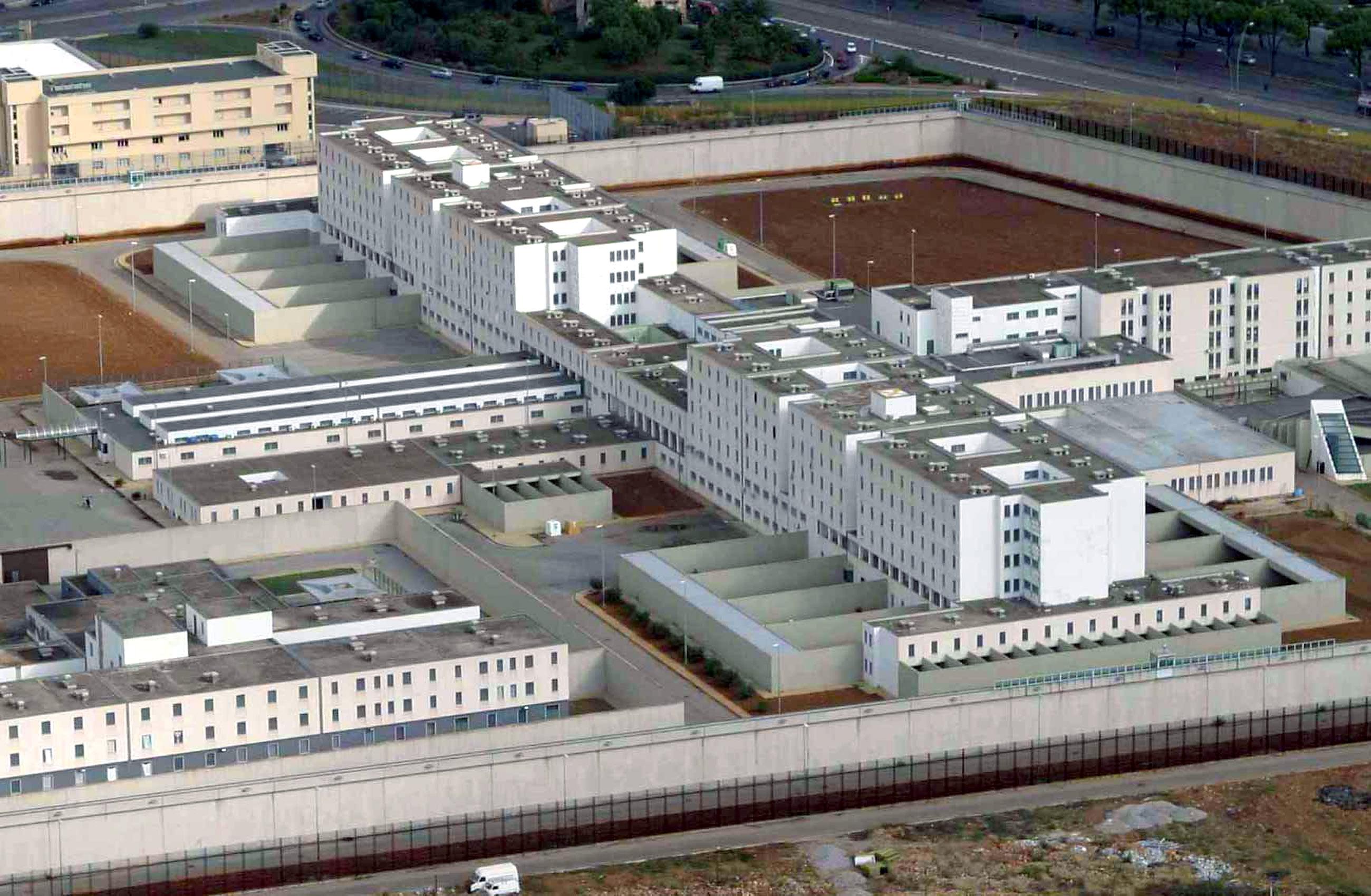 """Trattativa Stato-mafia, al via il processo a Palermo: """"La mafia non è affatto invincibile"""""""