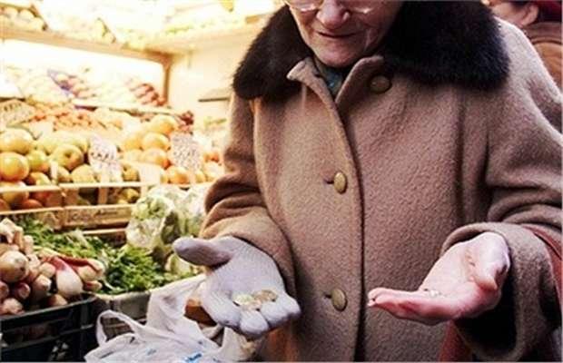 Anziana indigente condannata a Genova per furto di pane e biscotti