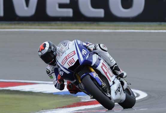 MotoGP, Montmelò: capolavoro Lorenzo. Pedrosa e Marquez sul podio. Rossi 4°