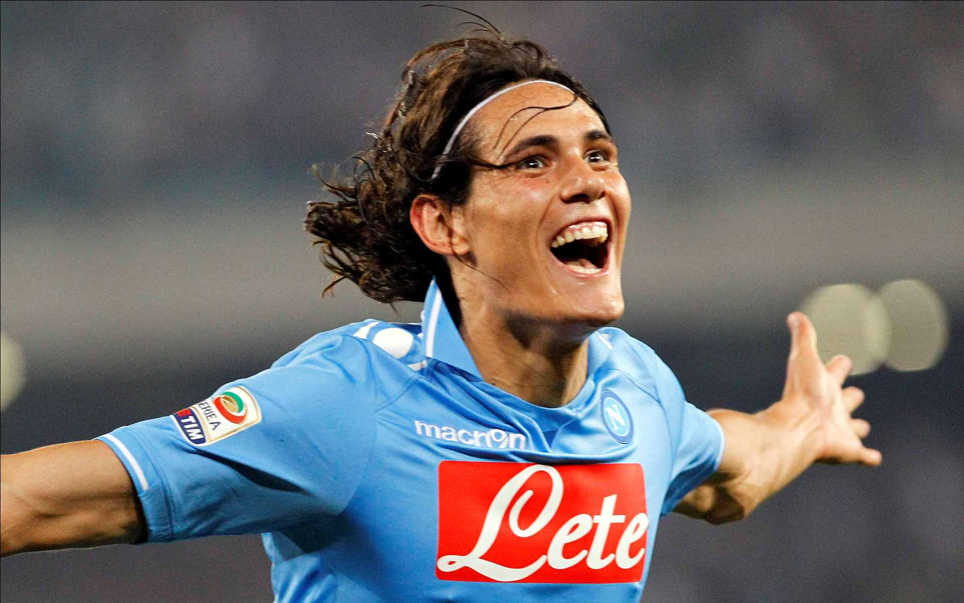 Cavani è a Parigi, Gomez sbarca a Firenze. Marquinhos sempre più lontano dalla Roma.