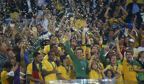 Confederations Cup, Brasile-Spagna 3-0: Show tutto VerdeOro al Maracanà
