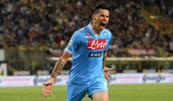 Le grandi partono tutte bene e vincono, perde solo il Milan. Tevez, Toni e Hamsik già protagonisti.