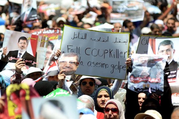 Egitto: Il governo sta organizzando scontri contro i sostenitori di Morsi