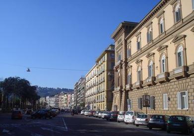 Napoli: riapre al traffico la Riviera di Chiaia…