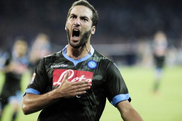 Inter e Juve pareggiano, il Napoli vola in testa. Riscatto Lazio. Posticipo: Samp-Genoa 0-3