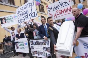 Roma. Manifestazione a favore del metodo Stamina