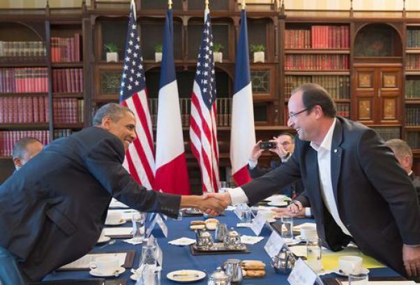 Siria: Parigi pubblica i suoi documenti, Assad minaccia la Francia