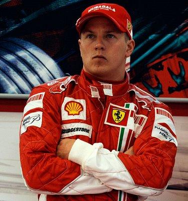 F1, ufficiale: Raikkonen torna in Ferrari. Firmato un contratto biennale