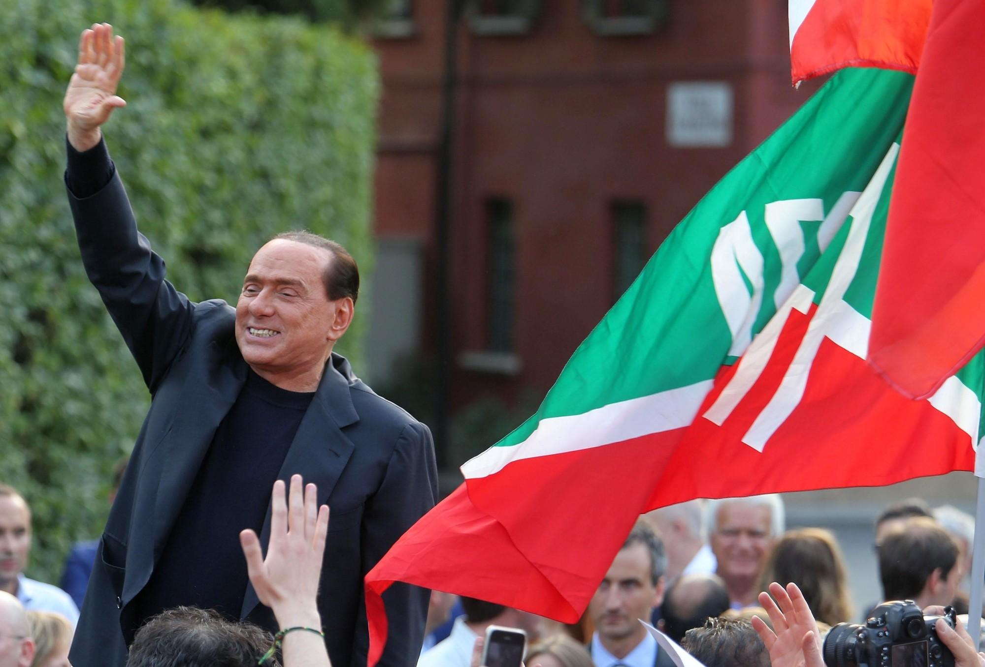 Berlusconi: decreti Iva e Imu, poi torniamo alle urne. I sindacati insorgono: 'serve un governo vero, basta irresponsabilità'