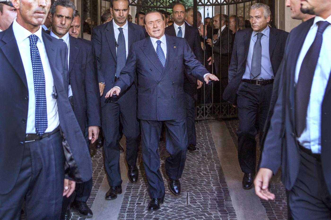 Berlusconi apre la crisi di governo: i ministri del Pdl si dimettono!!