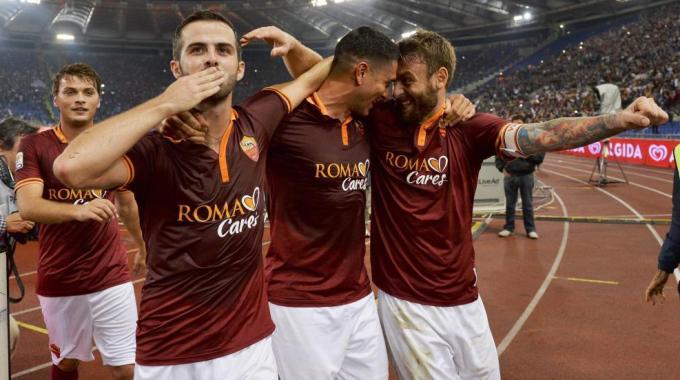 Roma implacabile. Rossi stende la Juve, perde la Lazio. Posticipo: Torino-Inter 3-3