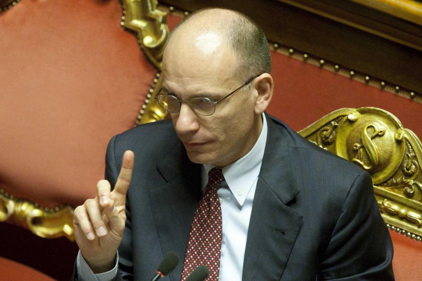 Ore decisive per il governo Letta. Alfano: 'Tutto il Pdl voti la fiducia'