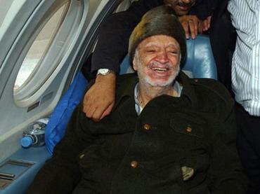 Gli scienziati russi negano la morte di Arafat per avvelenamento