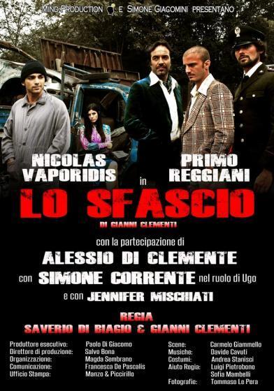 """""""Lo Sfascio"""", in scena al teatro Sala Umberto di Roma, segna il debutto teatrale di Nicolas Vaporidis"""