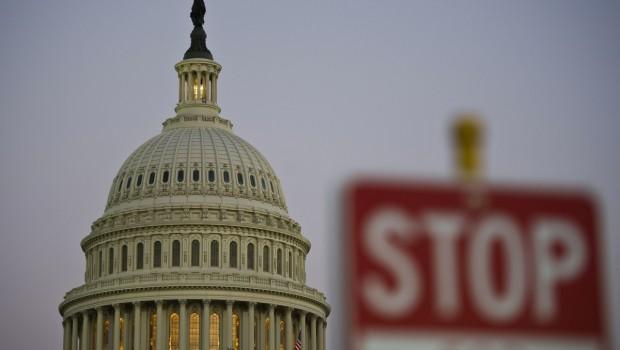 Stati Uniti: shut Down chiude i parchi nazionali, Nasa, Statua della Libertà e paralizza l'amministrazione pubblica