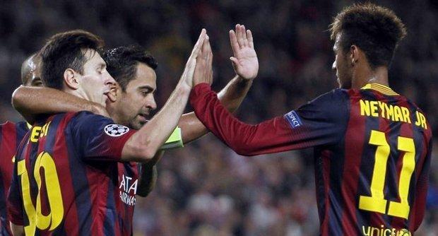 Un Messi ritrovato affonda il Milan, ma i rossoneri possono ancora sperare