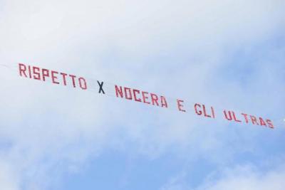 Tifosi Nocerina minacciano la propria squadra: si gioca solo 20′ ma è una farsa…