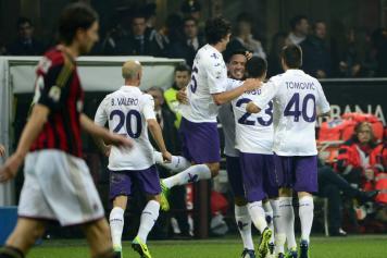 Milan – Fiorentina 0-2, Vargas e Borja Valero affondano i rossoneri