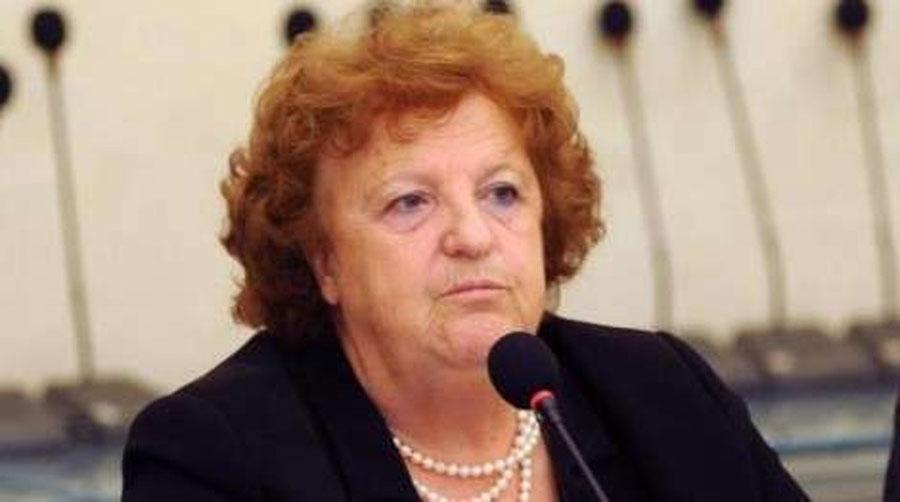 La Cancellieri nei guai. M5S chiede che la  Guardasigilli faccia un passo indietro. Martedì  il ministro riferirà al Parlamento