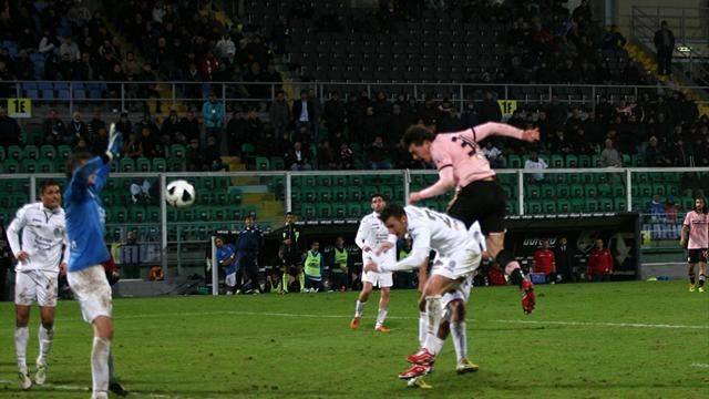 Serie B: Palermo vicino alla vetta. Le altre si bloccano…