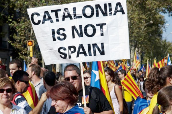 Spagna: perde i pezzi