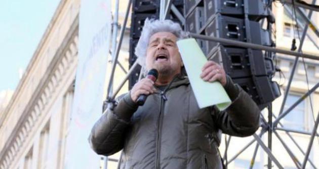 """Dura la replica del segretario del Coisp a Grillo: """"Se lui non sa giocare seguendo le regole, noi sì. Questo tizio cosa vuole?"""