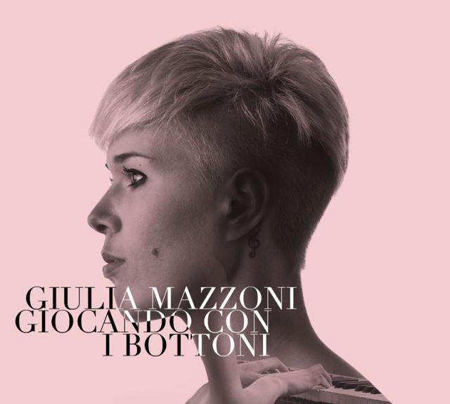 """Giulia Mazzoni, in radio con il suo nuovo brano """"Where and when?"""", incontra i fan al Mondadori di Milano"""
