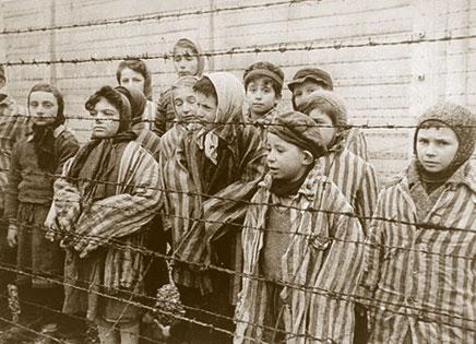 Roma ricorda le vittime dell'Olocausto