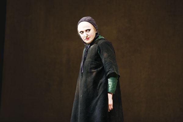 La Celestina di Ronconi, il dramma di Rojas al Piccolo di Milano