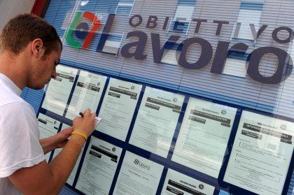 Aumenta la disoccupazione, un giovane su due è senza lavoro