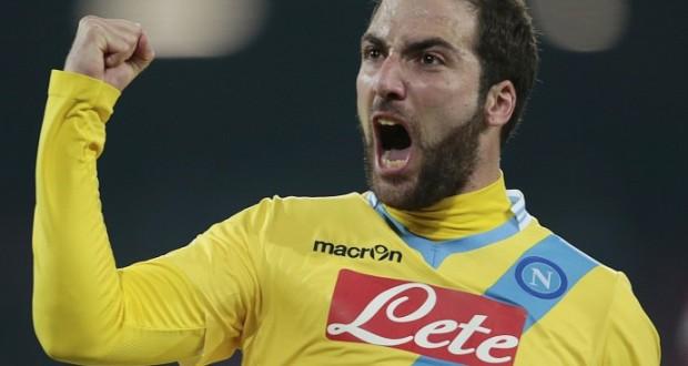 Il Napoli si riscatta battendo 3-1 il Milan