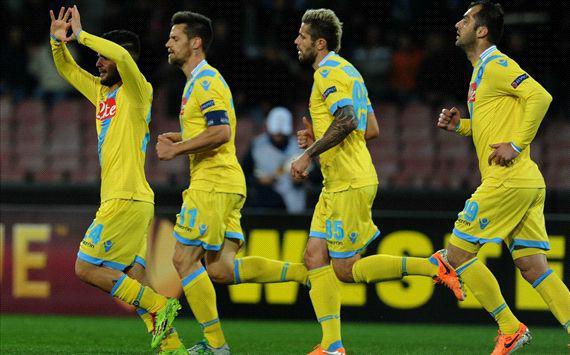 Il Napoli vince 3-1 contro lo Swansea e si qualifica agli ottavi di Europa Leaugue