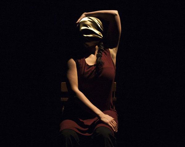 Nefes/Respiro, l'arte racconta la quotidianeità, al Teatro Piccolo Bellini di Napoli