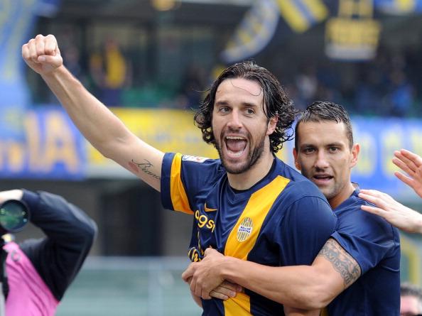 Il Verona rimonta la Juve, pari nel derby di Roma. Posticipo: Inter – Sassuolo 1-0
