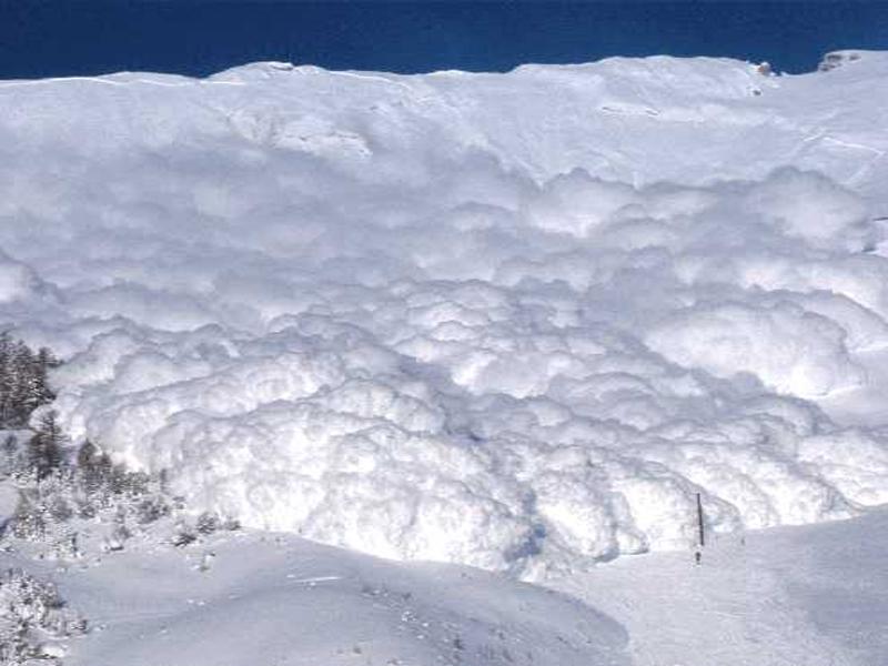 Valanga a Cortina. Coinvolti due sciatori italiani, si temono dispersi