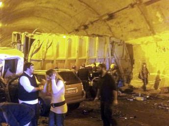 Grave incidente stradale sulla A20 Palermo-Messina, 4 morti e diversi feriti