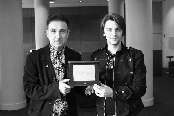 Festival Internazionale Della Magia: premiazione a Mattia Boschi