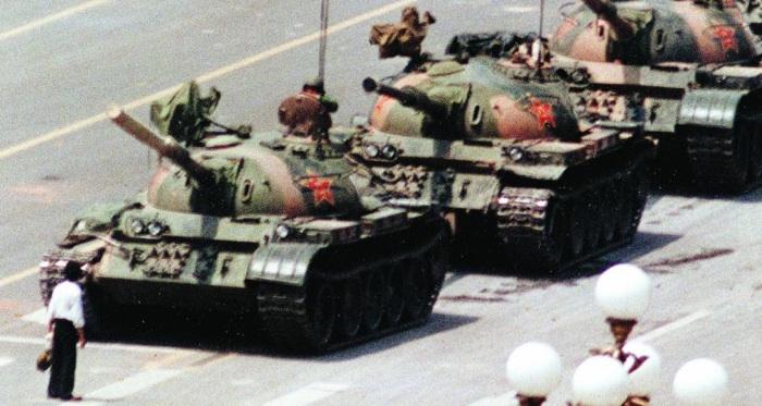 Cina: condannato per aver voluto commemorare Tienanmen